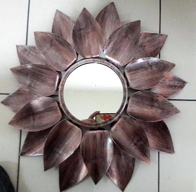 Pengrajin mirror tembaga