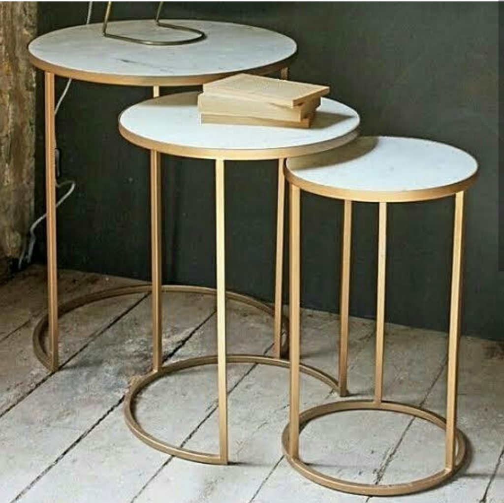 meja kuningan minimalis