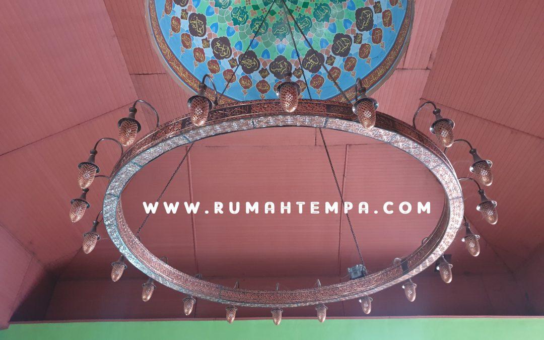 Lampu Gantung Masjid Tembaga
