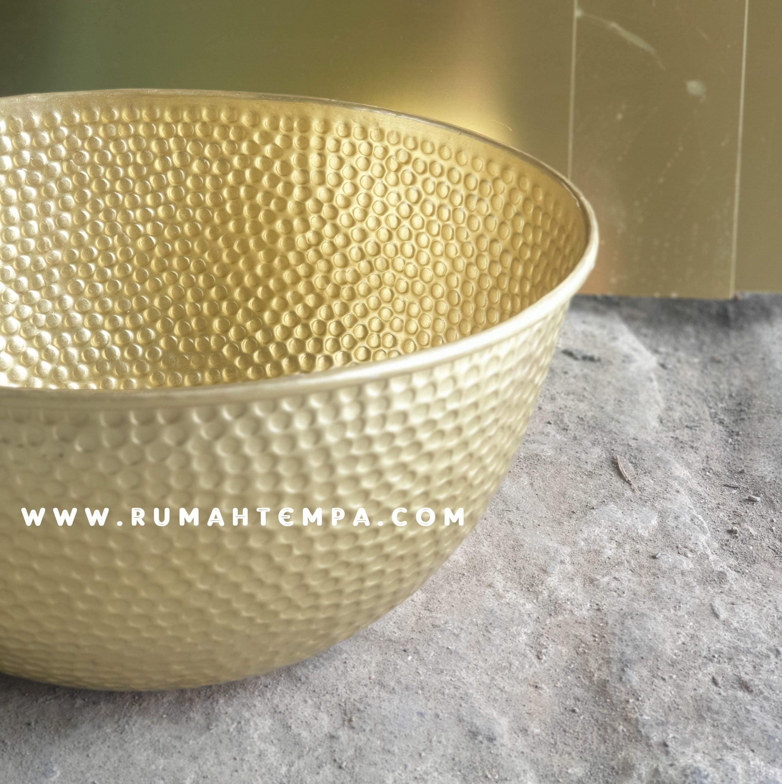 pengrajin bowl kuningan