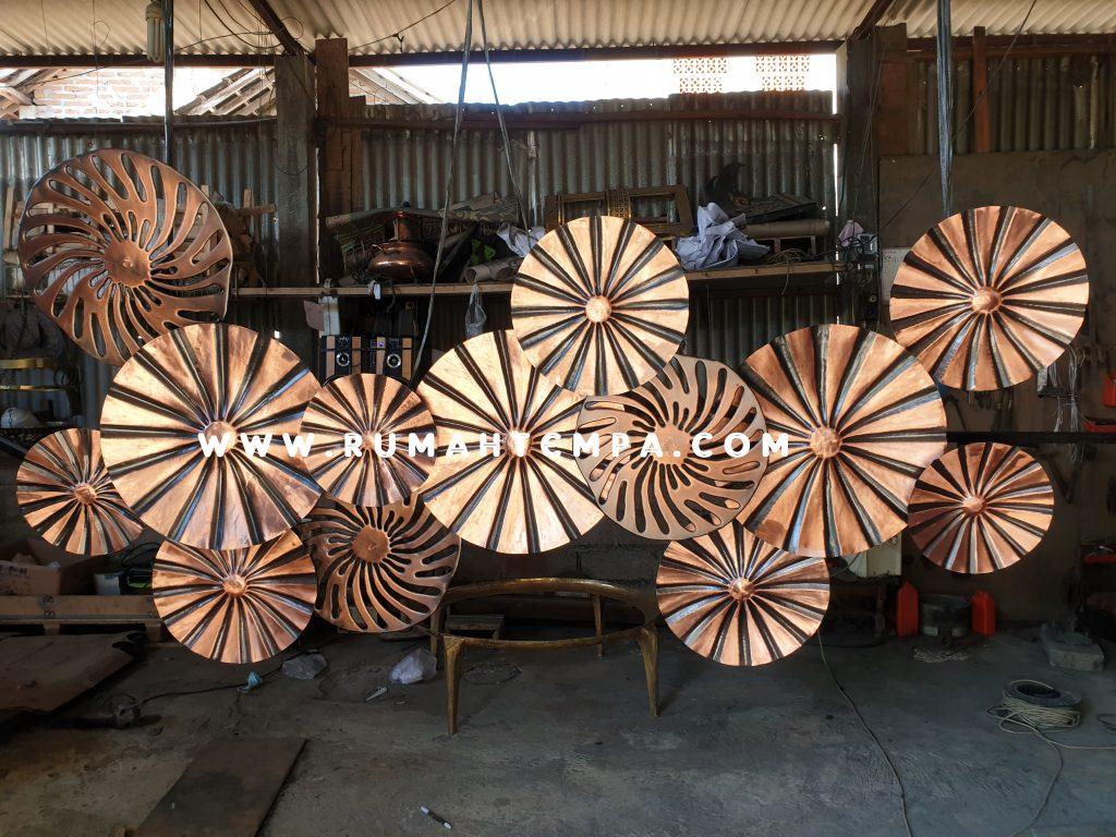 artwork dinding tembaga