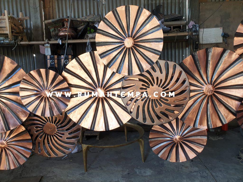 kerajinan artwork tembaga